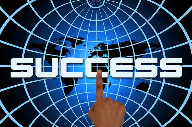 úspěch pod rukou